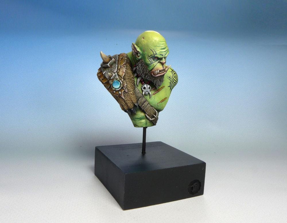 warcraft-movie-orgrim-doomhammer-bust-02